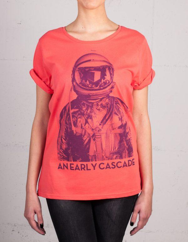 An Early Cascade t-shirt by Daniel Strohhäcker, front view